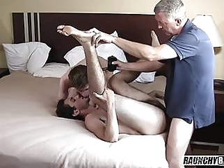 Teen Rentboy Initiated Bareback By Daddy 5:48 2017-09-25