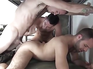 5 Military Men Bareback Double Fuck In Barracks 30:18 2016-10-29